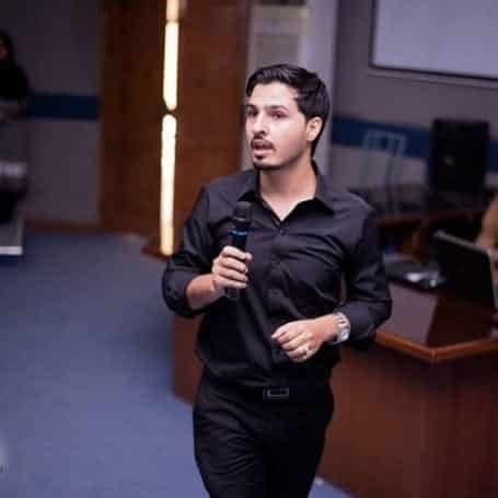 mustafa Ahmedzai Popular Bloggers 2019
